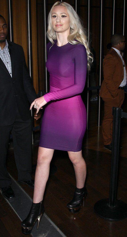 Iggy Azalea in a Purple Bodycon Ombre Dress.