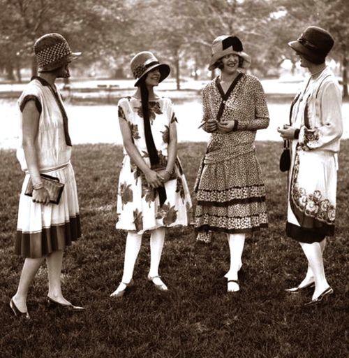 the vintage clothing era fashion sizzle
