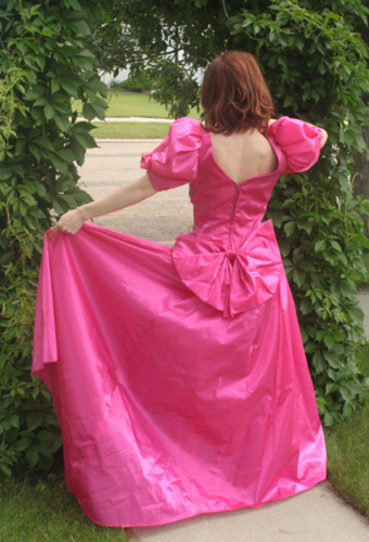 EIGHTIES PROM DRESSES