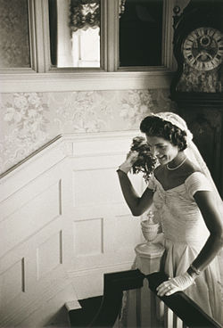 Jacqueline_Bouvier_Kennedy_Onassis2