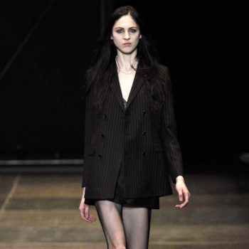 saint-laurent-paris-rtw-fw2013-runway-07_173233514086-682×1024