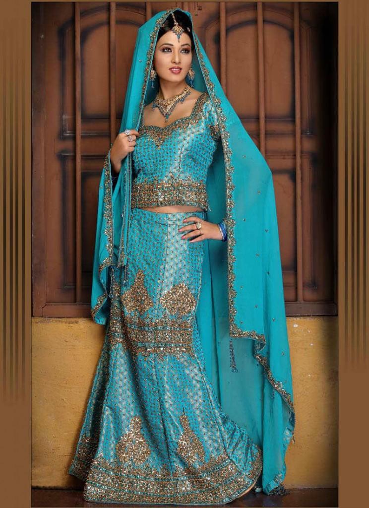 2011-Bollywood-Ghagra-Choli-Fashion