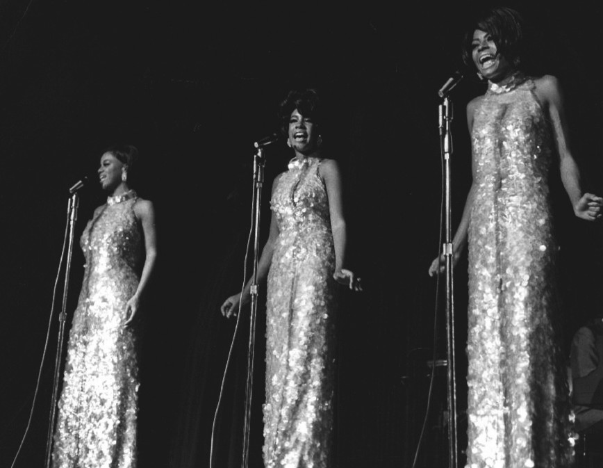 The_Supremes_Frontier_Hotel_Las_Vegas_1969