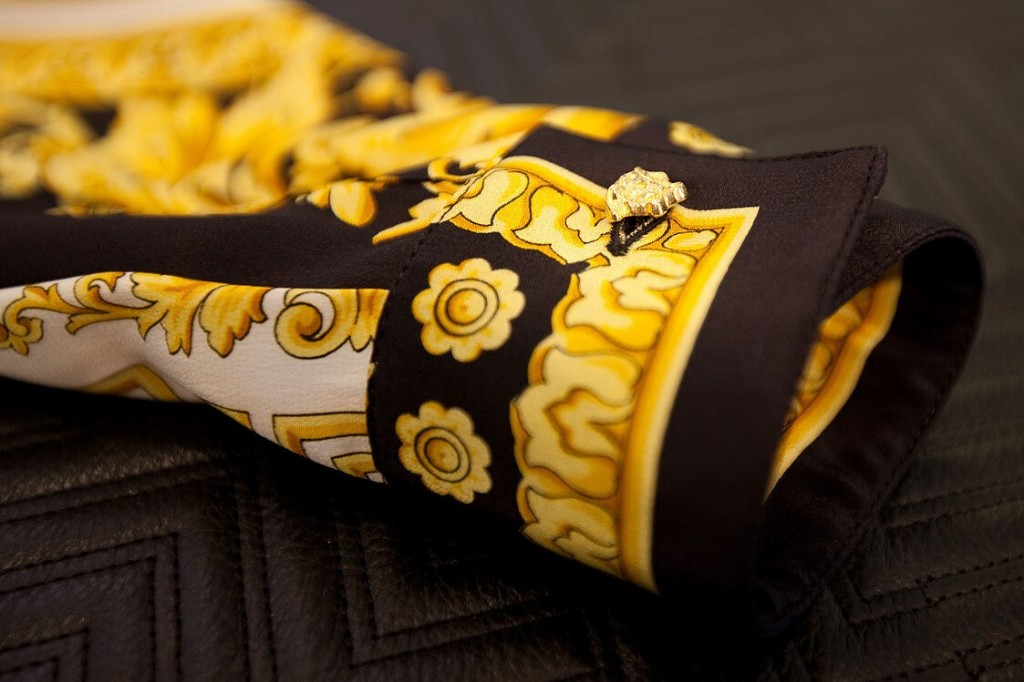 Versace-Limited-Printed-Silk-Shirts-Detail