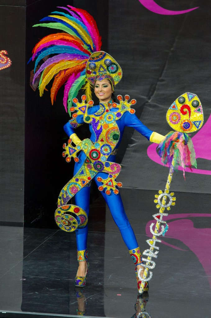miss-universe-national-costume