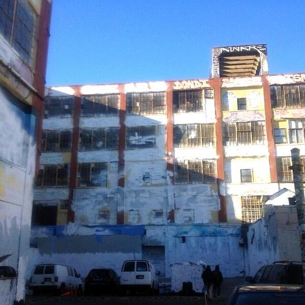 5-pointz-painted white