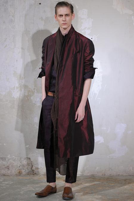Haider- Ackermann-spring-2014-menswear
