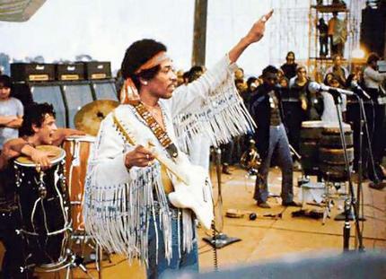 Jimi-Hendrix-Woodstock-787572