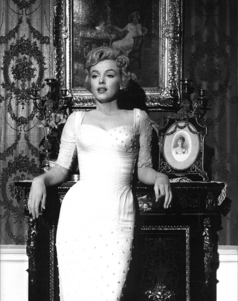 Marilyn_Monroe,_The_Prince_and_the_Showgirl,_1