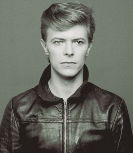 article 1027216 0199ED2A00000578 0 468x538 260x300 David Bowie