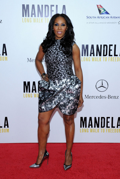 june-ambrose-mandela-long-walk-to-freedom-new-york-premiere-vera-wang-fall-2013-sleeveless-printed-tulip-dress-1