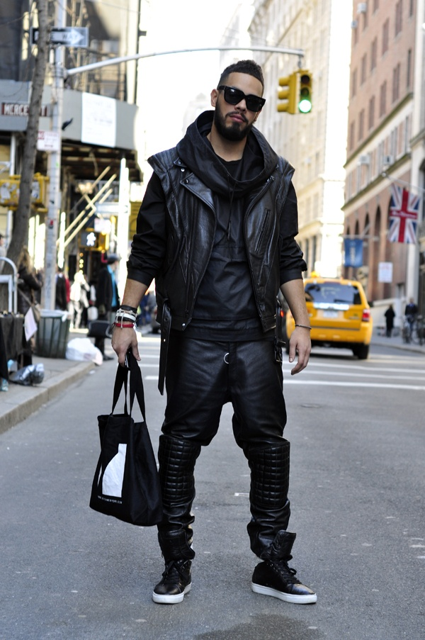 leather-pants-men