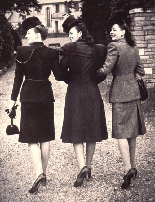 1940s Women's Fashion from Catalogs