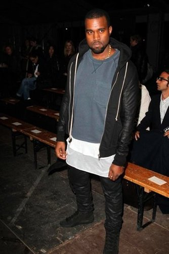 Kanye-West-Stops-Givenchy-Menswear-Show-Paris