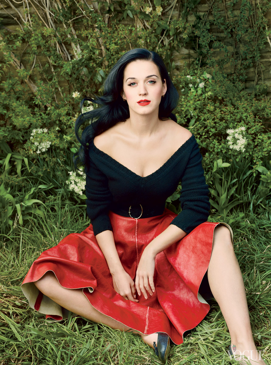 Vogue-US-July-2013-Katy-Perry-Editorial-4