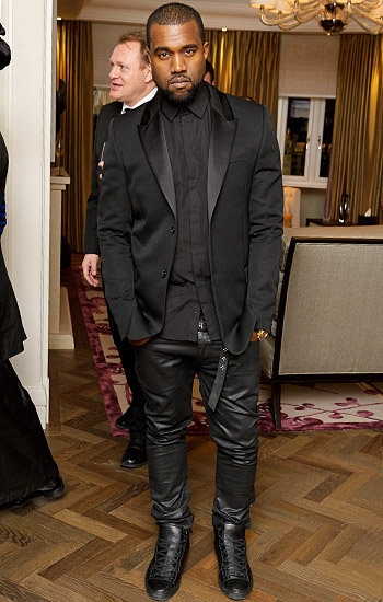 kanye-west-paris-fashion-week