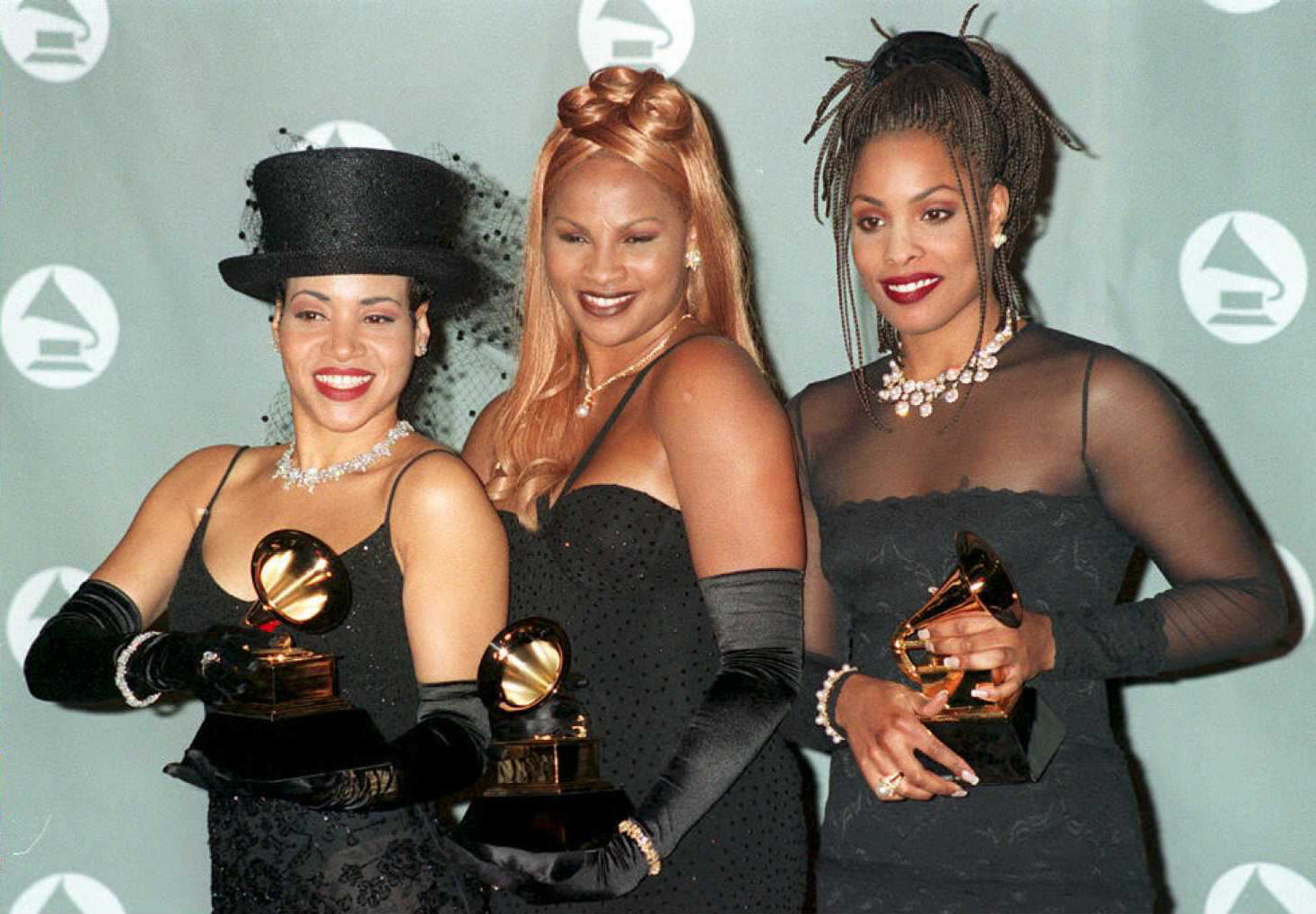 Vocalists Salt N Pepa pose with their Grammys for