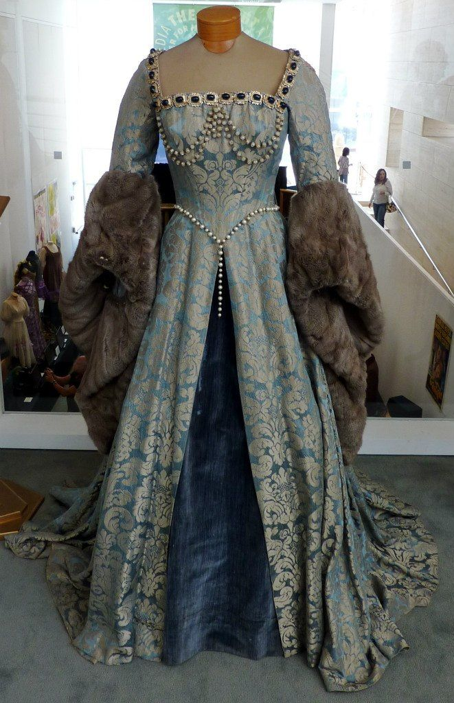 Gown with fur trim for Lady Catelyn Stark Costume design by Walter Plunket