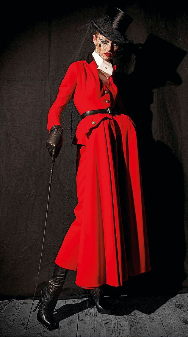 Dior Couture by John Galliano - Photo by Patrick Demarchelier
