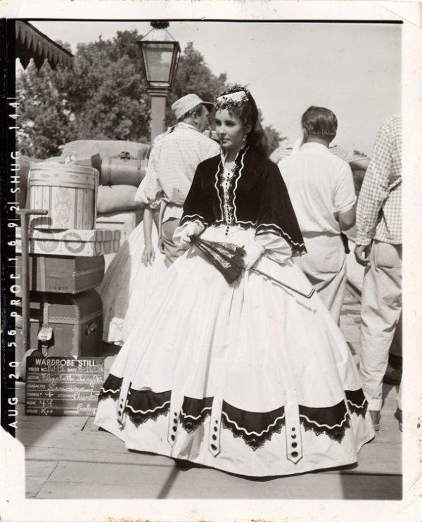 Elizabeth Taylor in Raintree County 1957, Costume Design by Walter Plunkett.