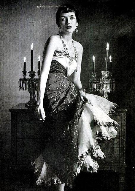 Elsa Schiaparelli,