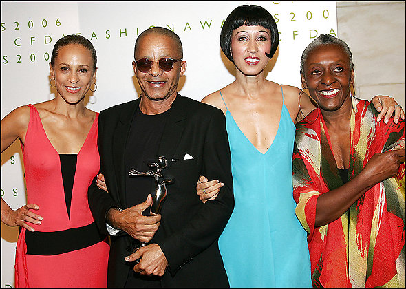 2006 CFDA Fashion Awards - Press Room