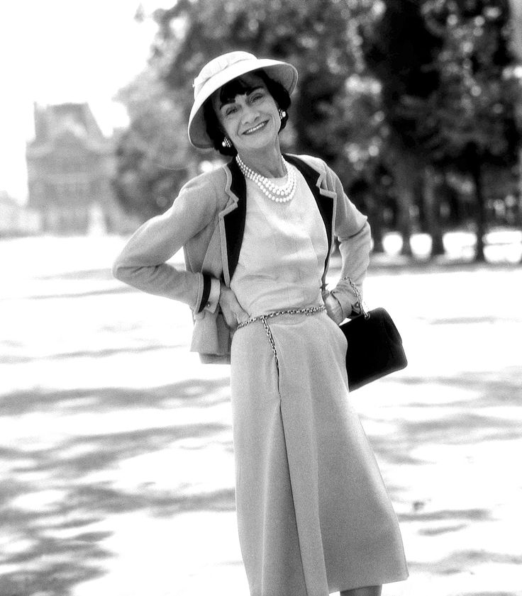Coco Chanel Photographed by Willy Rizzo 1959 Paris - Les Tuileries