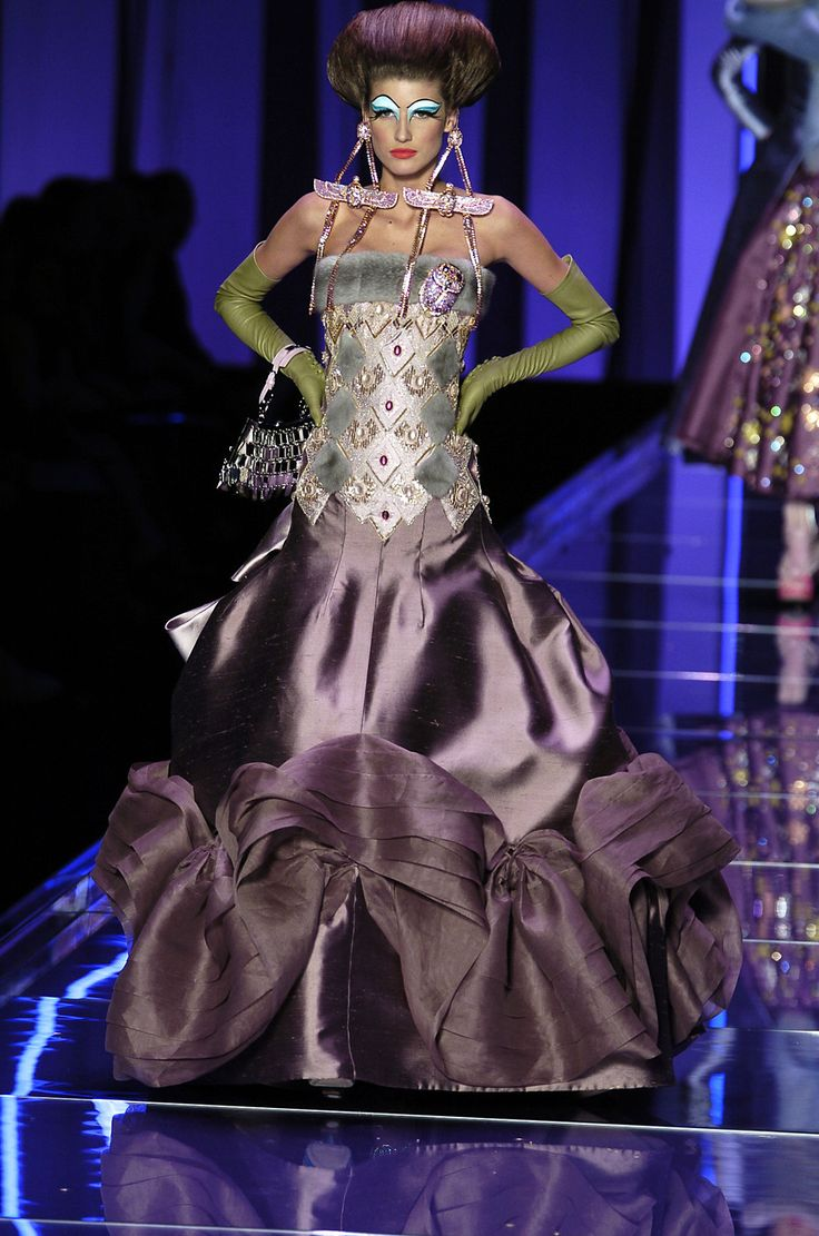 John Galliano for DIOR S/S 2004 Couture
