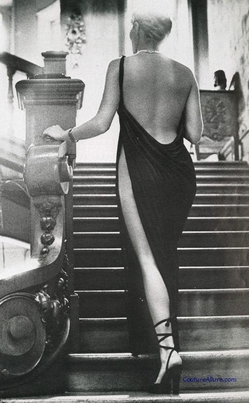 Jersey dress, Karl Lagerfeld for Chloe, 1975.