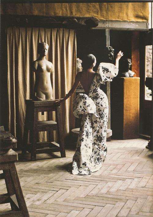 Ahn Duong in Yves Saint Laurent S/S 1986 haute couture. Photo: David Seidner.