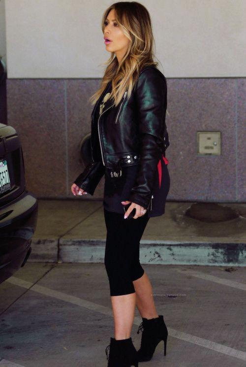 kim-kardashian-fashion-style