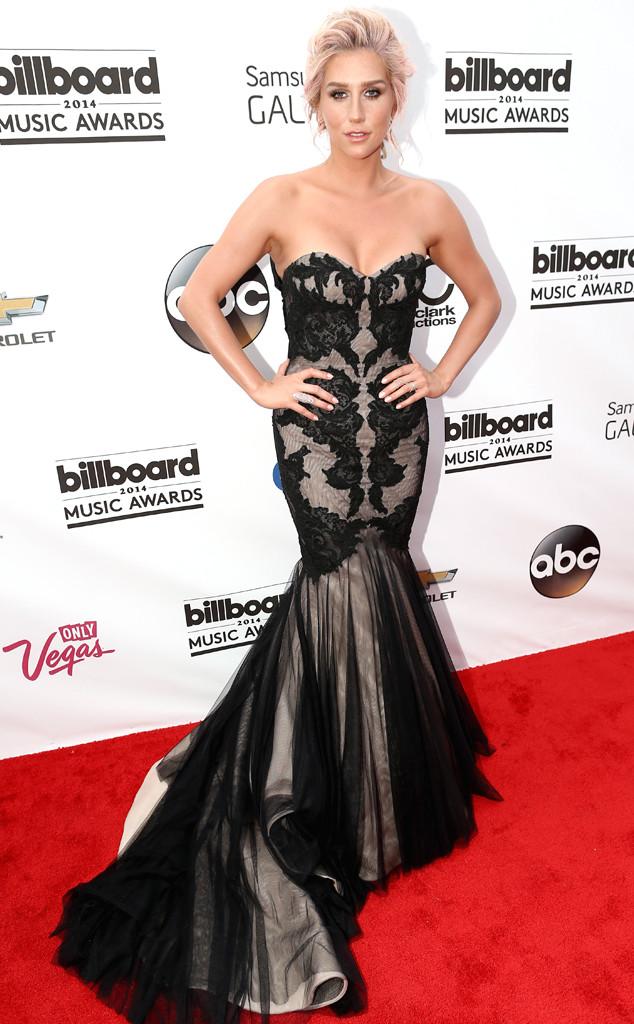 rs_634x1024-140518154932-634.Kesha-Billboard-Awards.jl_.051814_copy