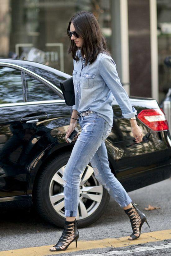 Long sleeve Denim Blouse, jeans ans black shoes