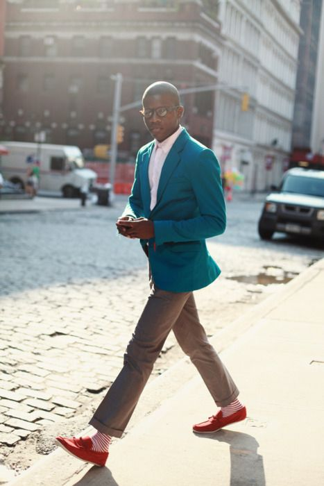 Blue jacket red shoes red striped socks streetstyle men