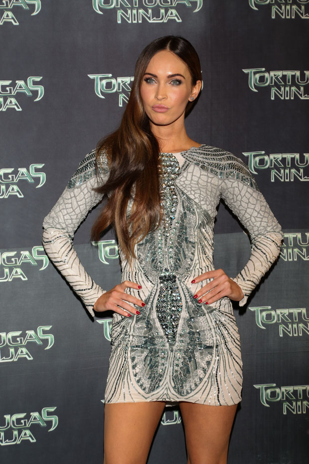 452914102 Megan Fox in Zuhair Murad at the Teenage Mutant Ninja Turtles Premiere