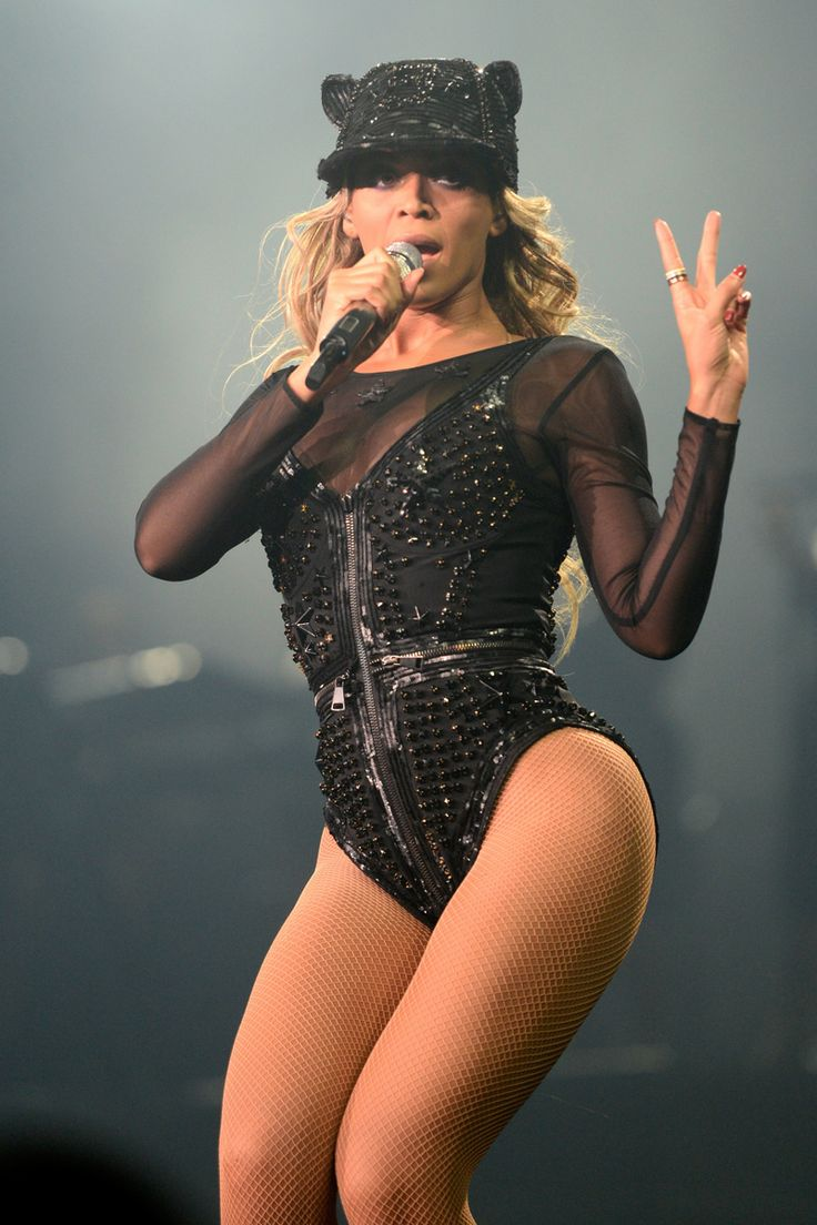 """Beyonce rocking Givenchy at the """"The Mrs. Carter Show World Tour"""" at the Barclays Center on December 22, 2013 in New York, New York."""