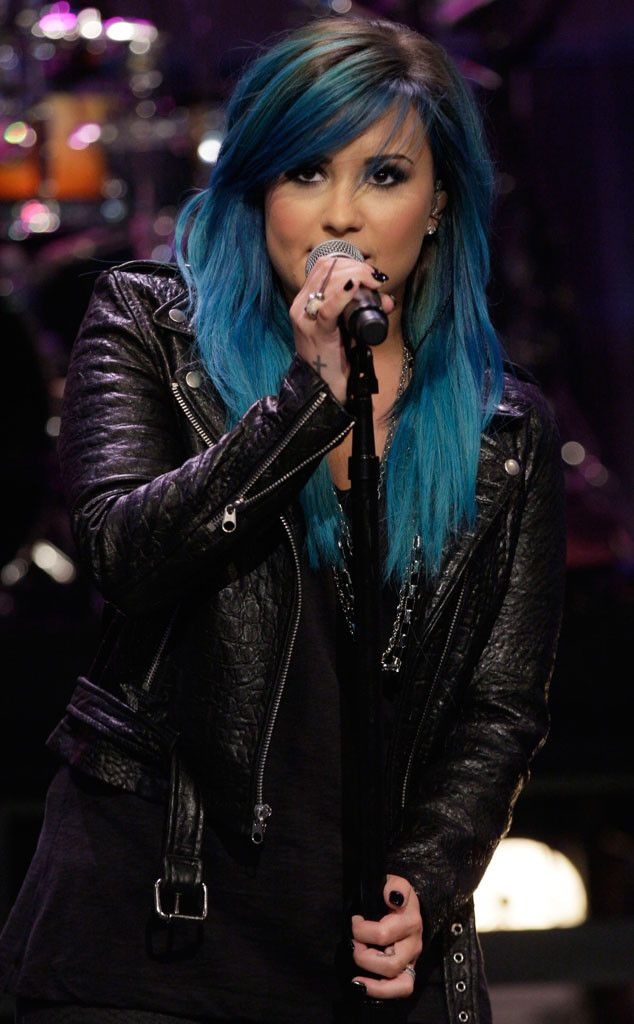 Demi Lovato rocking blue hair
