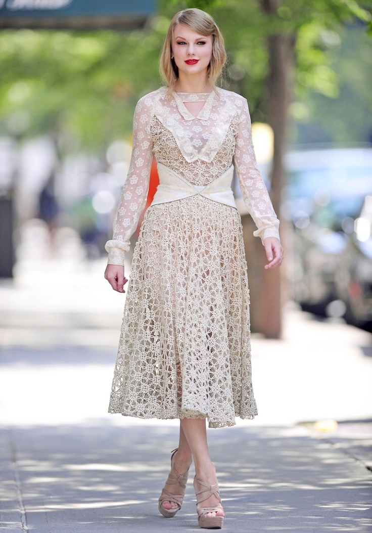 Taylor Swift in a cream Vintage Dress