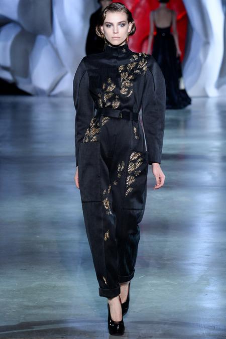 Ulyana- Sergeenko-Fall -2014 -Couture