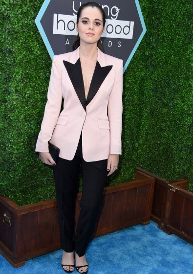 Vanessa Marano was androgynous-chic at the Young Hollywood Awards in a black-lapel. Blazer.