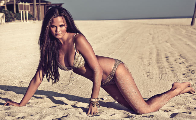 Chrissy -Teigen -fired-by -forever-21-for-being-too-fat