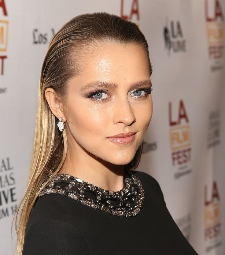 Teresa Palmer rocking her hair slicked back off her face at the Los Angeles Film Festival screening of Cut Bank,