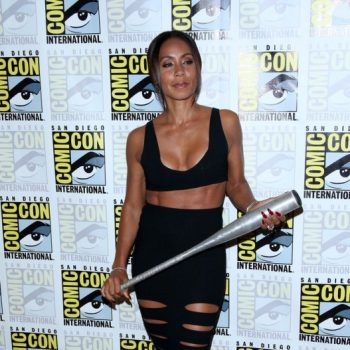 jada-pinkett-smith-gotham-press-line-comic-con-2014-cushnie-et-ochs-cutout-skirt-manolo-blahnik-sandals-2
