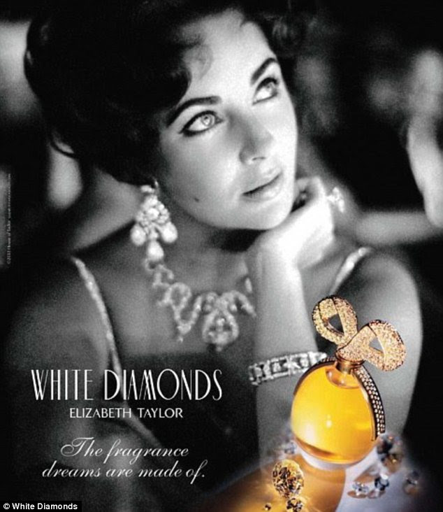 Nia- Long -is- the -new- face- of -Elizabeth -Taylor's -White-Lustre-perfume
