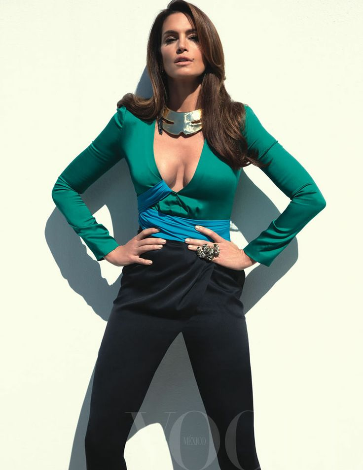 Cindy Crawford | Photography by Tesh | For Vogue Mexico | May 2011
