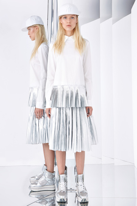 DKNY Resort 2015 Silver Foil Pleated dress