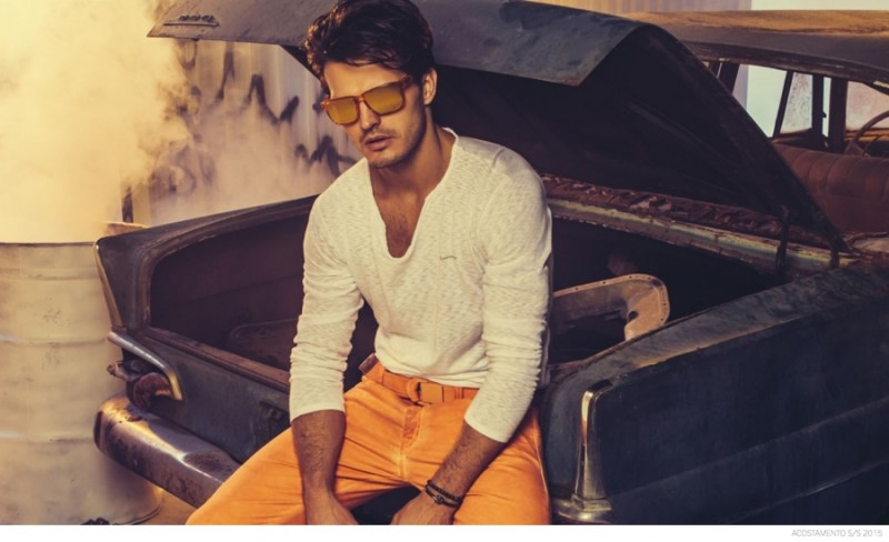 Acostamento-Spring-Summer-2015-Campaign-Colored-Denim-Jeans-Diego-Miguel-002-800x488