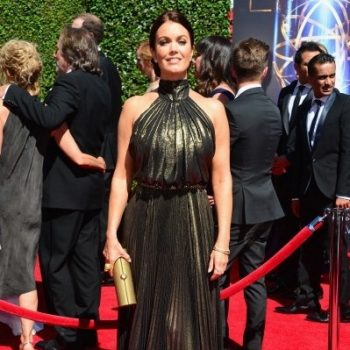 Bellamy-Young-Creative-Arts-Emmy-Awards-2014-399×560