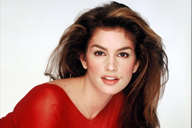 Cindy Crawford Host Of MTV HOUSE OF STYLE