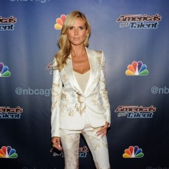 Heidi-Klum-Americas-Got-Talent-Post-Show-Red-Carpet-395×560
